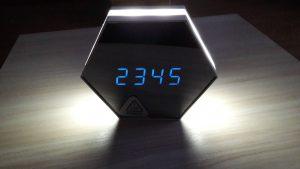 http://lyvi.ru/multifunctional-mirror-finish-alarm-clock/